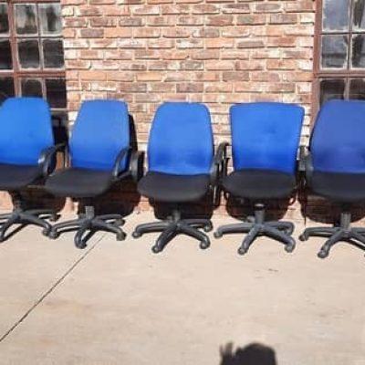 office chair 700x300